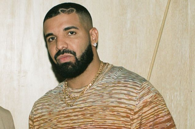 Cover image for The à-la-carte artist: How Drake uses variability to provide each fan with a unique experience