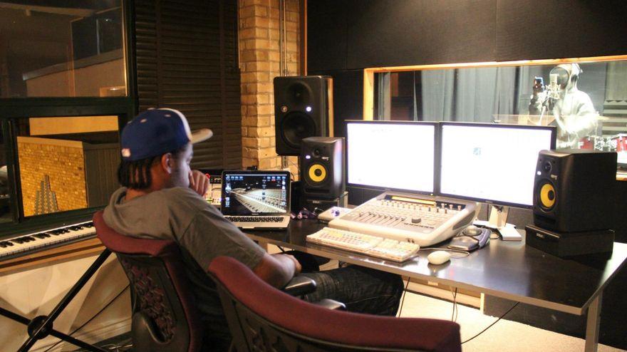 "Franz ""GK"" Liverpool recording in studio"